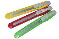 Нож универсальный 9 мм STAFF Economy, фиксатор, клип, корпус ассорти, 237080
